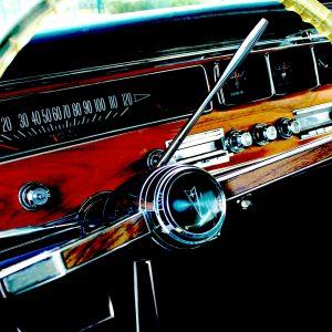 Полиграфия и подарки на День автомобилиста