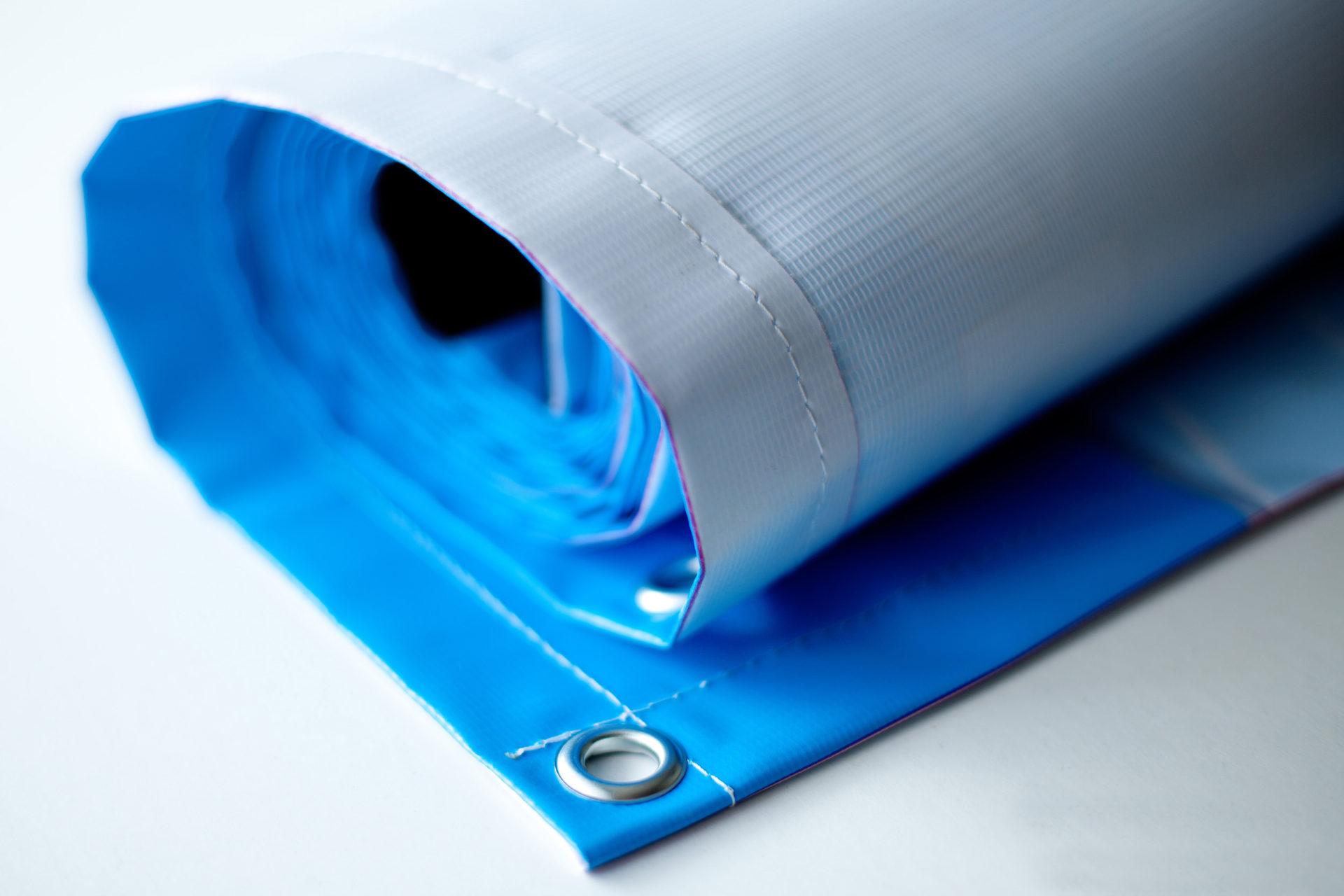 Заказать недорого широкоформатную печать и сувениры
